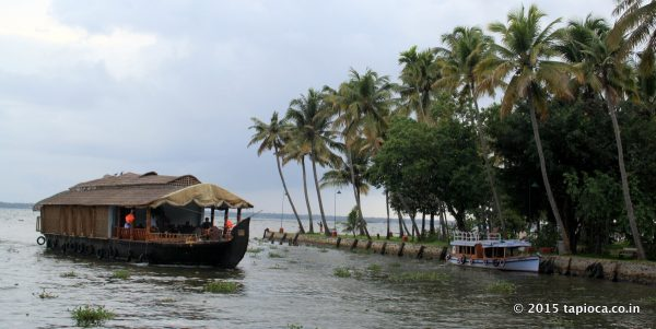 House boats, one of the popular attractions of Kerala's tourism