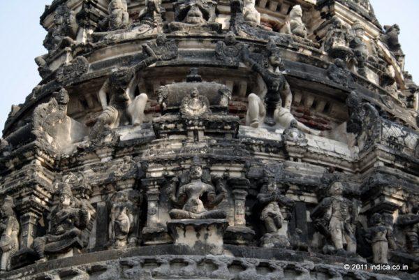 Terracotta stucco over the Sanctum of Jurahareswarar Temple